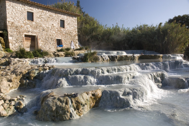Vacation rentals in saturnia tuscany saturnia holiday - Bagni di saturnia ...